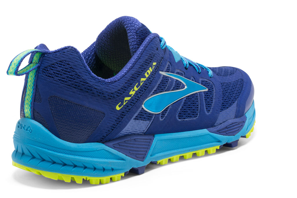 BROOKS Cascadia 11 (Damen)