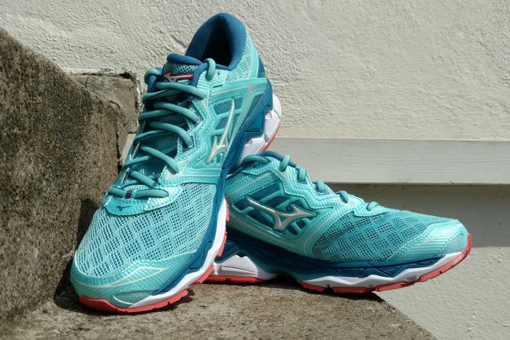 hier:Test: MIZUNO Wave Sky
