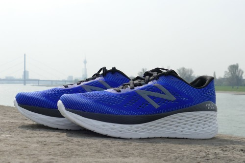 New Balance FRESH FOAM MORE Herren Laufschuhe blau