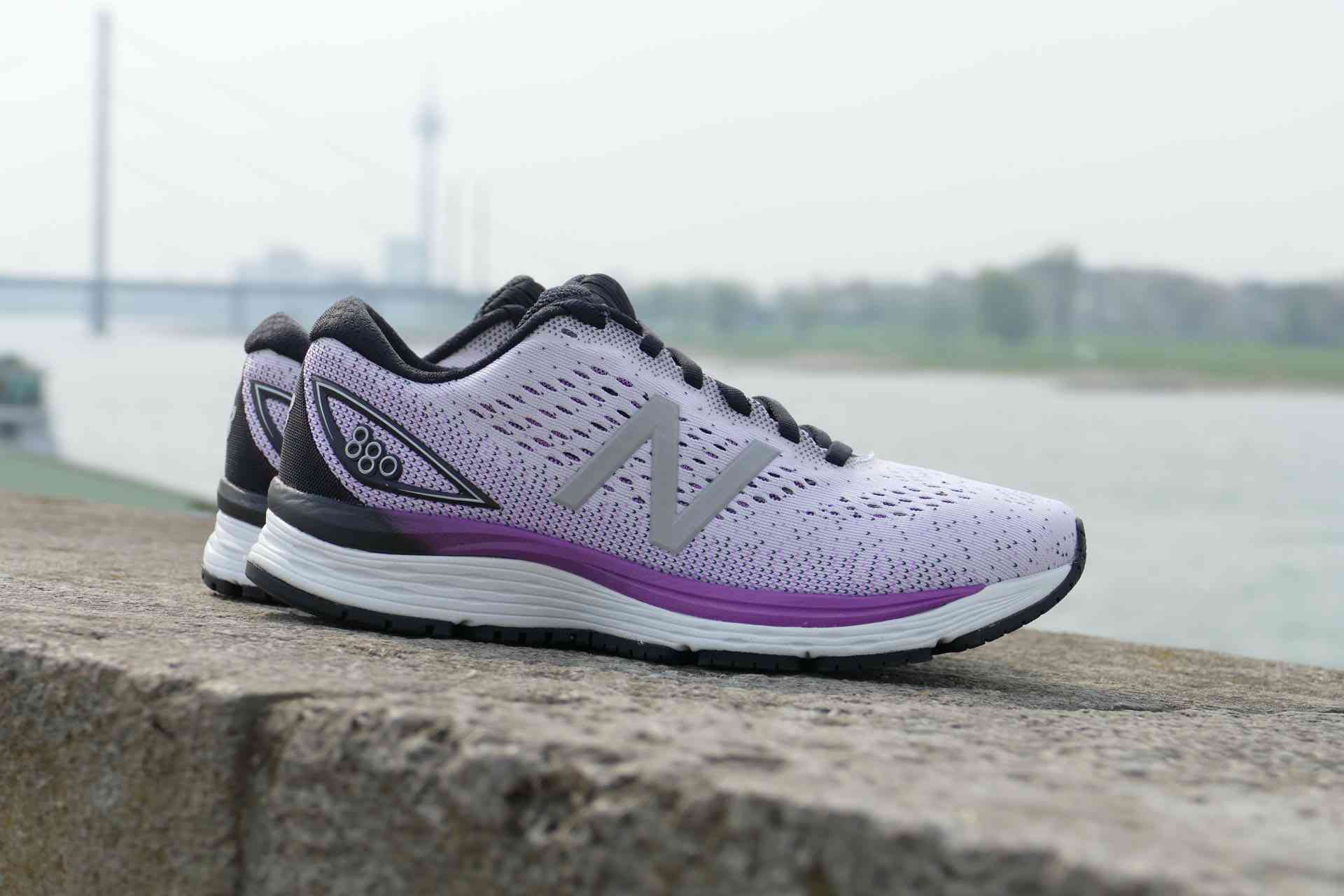 Test: NEW BALANCE 880 v9 | bunert online shop