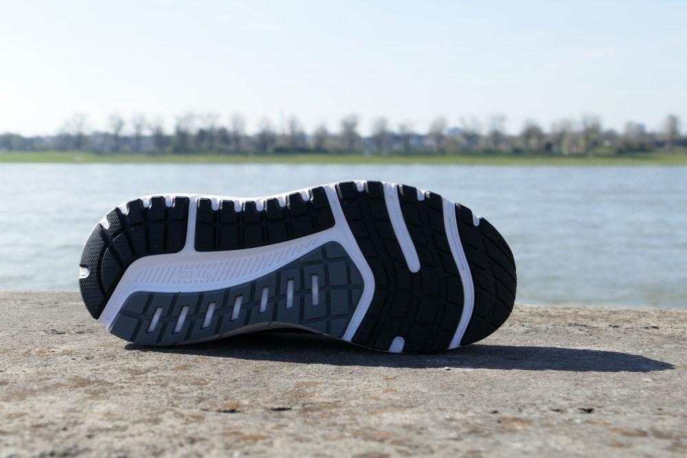 Brooks Herren Beast /'18 Turnschuhe Laufschuhe Sneaker Grau Sport