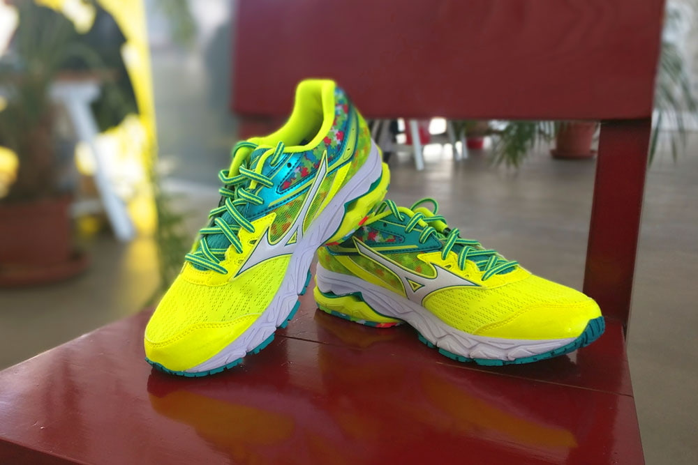 hier:Test: MIZUNO Wave Ultima 9 Amsterdan